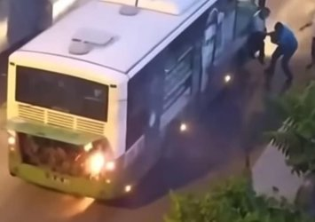 Seyir halindeki yolcu otobüsü alev aldı! Batman'da korku dolu o anlar