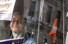 Londra'da skandal! Aşırı sağcılar, başörtülü kadın şoförün otobüsünü kuşattı