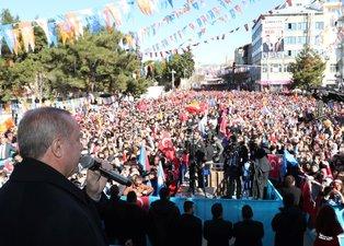 Başkan Erdoğan'a Burdur'da sıcak karşılama! O kare dikkatlerden kaçmadı...