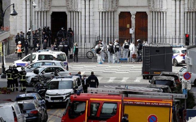 Fransa'da kilise yakınlarında bıçaklı saldırı: 3 kişi öldü! İşte bölgede yaşanan son gelişmeler