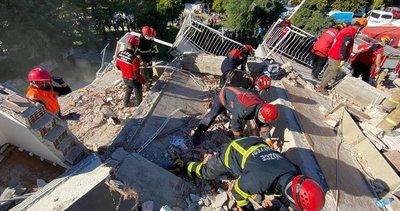 Son dakika: İzmir'deki depremden bir acı haber daha! Sağlık Bakanı Fahrettin Koca açıkladı: Ölü sayısı 28'e yükseldi