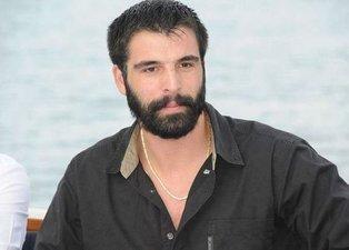 Mehmet Akif Alakurt'tan yeni skandal! Araç kullanırken…